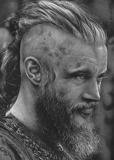 Artist Fabio Rangel Travis Fimmel as Ragnar Lothbrok Vikings Ragnar, Portrait Au Crayon, Pencil Portrait, Realistic Pencil Drawings, Animal Drawings, Realistic Sketch, Viking Warrior, Viking Life, Viking Tattoos