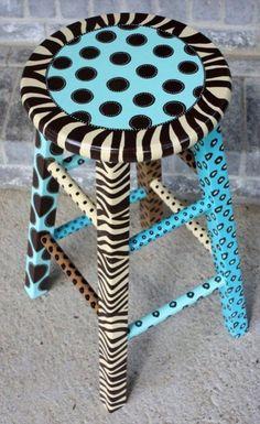 Cool Painted Stool Idea (58)