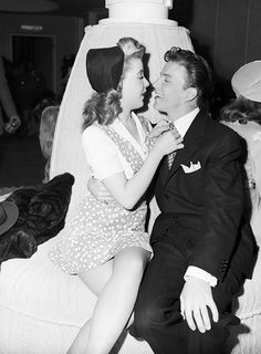 Frank Sinatra & Gloria DeHaven on the set of Step Lively (1944)