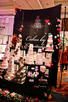 Use Cloth As Backdrop To Define E And Provide Background For Product Good Isolation Bridal Show Boothswedding Expo