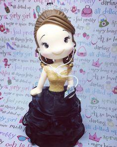 """Topo de bolo debutante @mimipdias) no Instagram: """"#topodebolopersonalizado #topodebutante #15anos #biscuit #"""""""