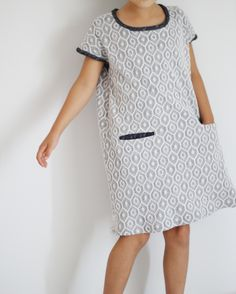Monday Outfit: Grey Knit Debbie's Birthday Dress hack | Sanae Ishida