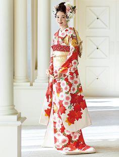 百花繚乱 花嫁のきもの全集 | ウエディング | 25ans(ヴァンサンカン)オンライン Wedding Kimono, Yukata, Japanese Kimono, Asian Beauty, Culture, Formal Dresses, Lady, Clothes, Beautiful