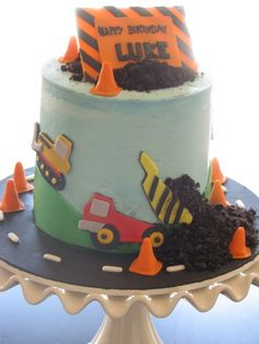 Construction Cake By cakegirlcakes on CakeCentral.com