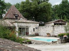 Image taken from My French Country Garden on Facebook.