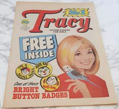 Picture Story, Button Badge, Comics Girls, Mini, Books, Pictures, Photos, Libros, Badge