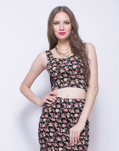 FabAlley Floret Bustier Crop Top :  ZOOM Floret Bustier Crop Top 650 SKU:TOP00739A Editor's NoteDetailsDelivery An absolutely drool-worthy cotton jersey bustier crop top features ditsy floral print and a gold back zip closure. A sweetheart neckline keep things sweet yet flirty!  Work It - Looks killer with a matched pencil skirt and a layered gold necklace.