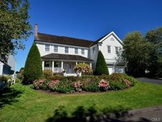 For Sale - Waterfront - Stamford (MD2502766) -  #House for Sale in Stamford, Connecticut, United States - #Stamford, #Connecticut, #UnitedStates. More Properties on www.mondinion.com.