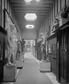 Glasgow School of Art, interior View first floor, east corridor showing scupltures on plinths. Glasgow Scotland, Scotland Travel, Glasgow School Of Art, Art School, Charles Rennie Mackintosh, Natural Phenomena, Places Of Interest, Interior Architecture, Interior Design