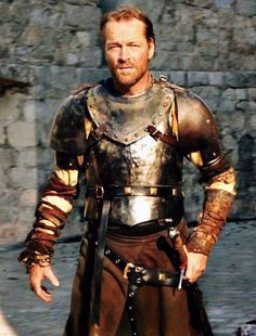 Iain Glen is Ser Jorah from Game of Thrones, but he also looks like an older Jamie Fraser from Outlander Game Of Thrones Series, Got Game Of Thrones, Winter Is Here, Winter Is Coming, Jamie Fraser, Outlander, Ser Jorah Mormont, Iain Glen, Game Of Thrones Costumes