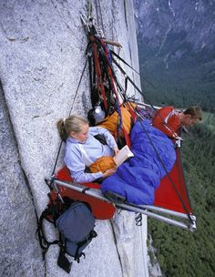 Rock climbers getting gear ready to sleep in hanging tent | Yosemite | Pinterest & Rock climbers getting gear ready to sleep in hanging tent ...