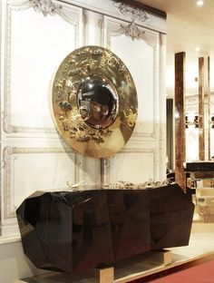 The first wall mirror chosen by our team is this gorgeous Bugs Mirror by Boca do Lobo. Pure gold, don't you think? 10 Jaw-Droppingly Sumptuous Wall Mirrors for Your Decorating Projects ➤ Discover the season's newest designs and inspirations. Visit us at http://www.wallmirrors.eu #wallmirrors #wallmirrorideas #uniquemirrors @WallMirrorsBlog