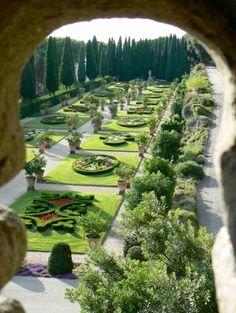 Vatican Gardens A DUE PASSI DA NOI https://www.facebook.com/zaraapartment/?pnref=lhc