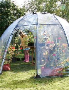 Spacious and Elegant Greenhouse for Gardening and Relaxing! #hydroponicgardening #hydroponics