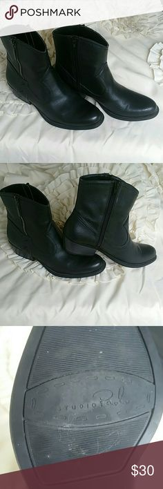 Studio Paolo western style ankle boots. Non-leather black ankle boots...7.5 M. Studio Paolo Shoes Ankle Boots & Booties