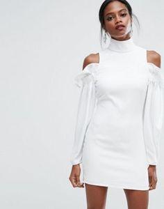 Платье мини с оборками и вырезами на плечах AQ/AQ