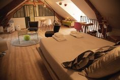 Beautiful attic room in B&B in France  - http://earth66.com/room/beautiful-attic-room-france/