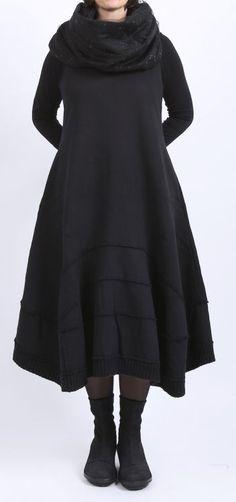 rundholz black label - Ballonkleid mit Bahnen Sweater black - Winter 2016 - stilecht - mode für frauen mit format...