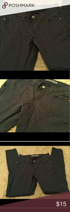 Old Navy Rock Star Skinny Jeans Never worn without tags. Size 4 regular. Navy blue with baby blue polka dots. Old Navy Jeans Skinny