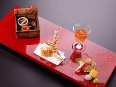 Kaiseki ryori (懐石料理)  Traditional Japanese meal ceremonial courses.