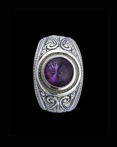 Engraved Amethyst College Style Silver Signet Ring http://www.hoyedivision.com/mens-jewellery/engraved-amethyst-college-style-silver-signet-ring.html