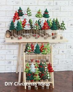 12 DIY Christmas Decorations with DIY Christmas Decorations with Nature: Santa Wreath - Diy Crafts You & Home Design Easy Christmas Ornaments, Pallet Christmas Tree, Christmas Crafts To Make, Handmade Christmas Decorations, Christmas Sewing, Homemade Christmas, Christmas Projects, Simple Christmas, Xmas Decorations