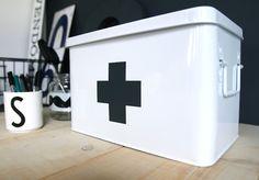 Hema medicijnbox met +
