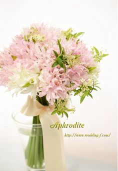 ダイヤモンドリリーのクラッチブーケ Aphrodite, Glass Vase, Wreaths, Floral, Flowers, Pink, Wedding, Decoration, Garlands
