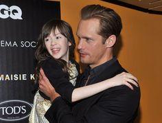 Alexander Skarsgard hace de padre en la presentación de What Maisie Knew ~ ActorsZone