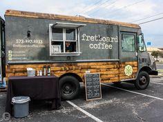 Ideas For Food Truck Interior Design Los Angeles Food Cart Design, Food Truck Design, Food Truck Interior, Coffee Food Truck, Mobile Coffee Shop, Pizza Truck, Coffee Trailer, Mobile Food Trucks, Coffee Van