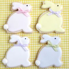Where to Buy 2015 easter bunny decorated cookies, 2015 easter Bunny Cookie tutorial, 2015 easter dessert inspiration Easter Cupcakes, Easter Cookies, Summer Cookies, Baby Cookies, Heart Cookies, Valentine Cookies, Iced Cookies, Birthday Cookies, Shortbread Cookies