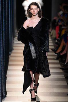 Monse Fall 2017 Ready-to-Wear Fashion Show - McKenna Hellam