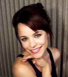 Rachel McAdams omg I looovvveeee her new hair color!!! This is what I'm talking about -- dark brown with a deep red tint to it.