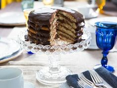 Get Six Layer Cake Recipe from Cooking Channel FULL RECIPE HERE yellow cake yellow cake recipe yellow cake mix recipes yellow c. Layer Cake Recipes, Cake Mix Recipes, Dessert Recipes, Frosting Recipes, Recipes Dinner, Baking Recipes, Food Cakes, Cupcake Cakes, Holiday Desserts
