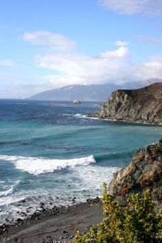 Beautiful CA coastline between Santa Barbara and San Francisco. October 2008