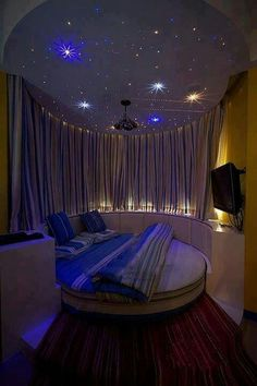 Giirls rooms on pinterest twinkle lights little girl rooms and roo for Starry night lights for bedroom