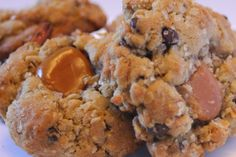 Little City Adventures: Recipe // Sea Salted Oatmeal Chocolate Chip Caramel Pretzel Cookies