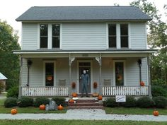 One killer horror movie fan has built an exact recreation of Michael Myers' childhood home