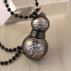 Do you love Gaaea? Wear Gaara's Gourd necklace wherever you go! Limit 7 Per Order - This is perfect for any Naruto fan! - While Supplies Last! Material: Zinc Alloy Pendant size: 1.5 x 4cm Necklace Cha