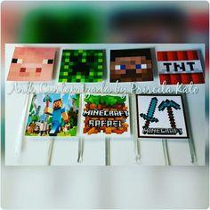 Toppers quadrados 3,5cm Minecraft do Rafael! Orçamento por email : artepriscilakato@gmail.com