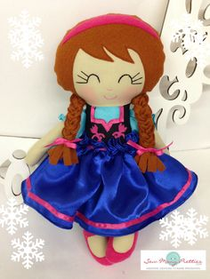 The Frozen Inspired Elsa and Anna Dolls are here! | Sew Many Pretties