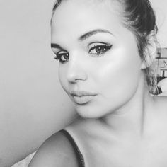 #girl #blackandwhite #me #polishgirl #polskadziewczyna #photooftheday #photography #lips #makeup #brunette #hello #me #e #MatchPerfection #ClassicIvory #PodkładPodTwójLook