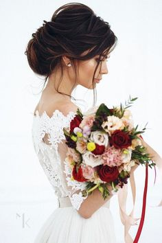 Adorable 96 Bridal Wedding Hairstyles For Long Hair that will Inspire https://bitecloth.com/2017/10/08/96-bridal-wedding-hairstyles-long-hair-will-inspire/ #WomenHairstyles