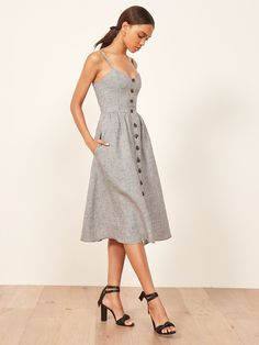 Most Popular Reformation Dress 2018 Casual Dress Outfits, Mode Outfits, Chic Outfits, Best Casual Dresses, Skater Outfits, Moda Vintage, Retro Vintage, Ladies Dress Design, Pretty Dresses