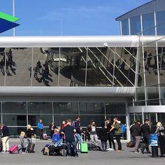 3/3 #eindhoven#airport#vliegen#mazzel