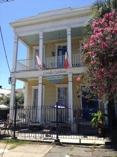 The Creole Gardens Bed and Breakfast Hotel in New Orleans, Louisiana sits in the middle of several dog-friendly dining options and down the street from a dog park. Rated 5/5 bones!
