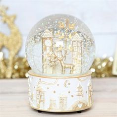 Christmas Wonderland Musical Snow Globe