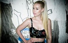 Iggy Azalea blonde ponytail & Dime Piece clothing