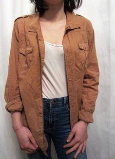5df4a5b5b8bf 18 meilleures images du tableau Vetements vinted à vendre   Shirts ...