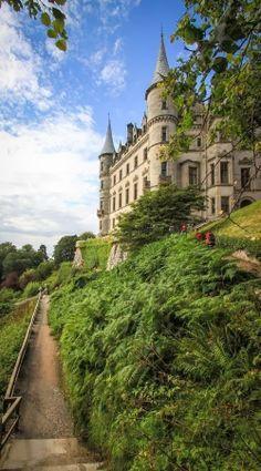 Dunrobin Castle, Scotland - Places to explore